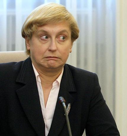 Minister spraw zagranicznych Anna Fotyga (L) i minister rolnictwa Wojciech Mojzesowicz