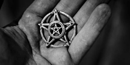 satanizm-160517-1200600