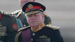 król w mundurze