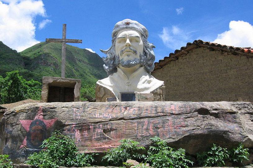 pomnik-che-boliwia-161225-815