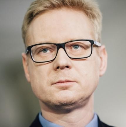 poseł Michał Stasiński - najmniej znany z tego towarzystwa, ale dzięki mediom Rydzyka zaraz stanie się znany