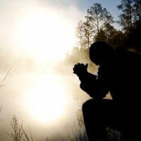 Modlitwa i święty obrazek